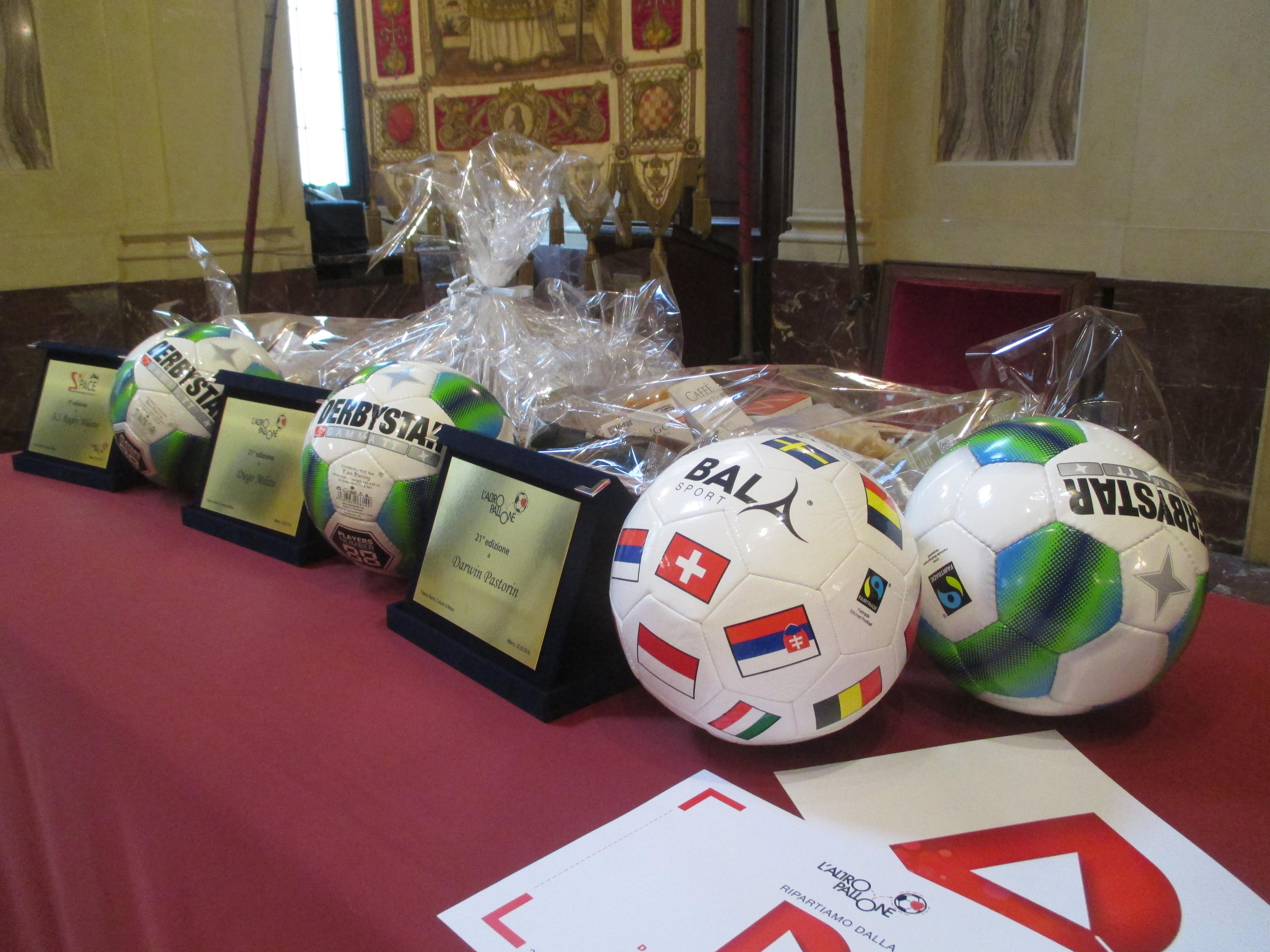 Diego Milito, Darwin Pastorin, A.S. Rugby Milano, AM18 Football Team: i vincitori di Altropallone ASD Onlus!